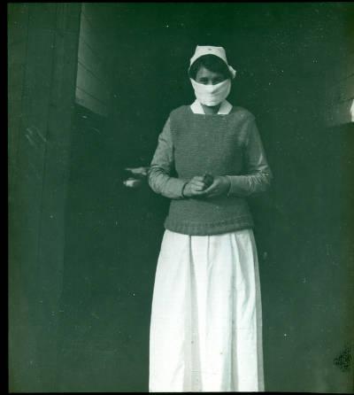 Nurse, Base Hospital 21, Rouen, France. Source: Bernard Becker Medical Library